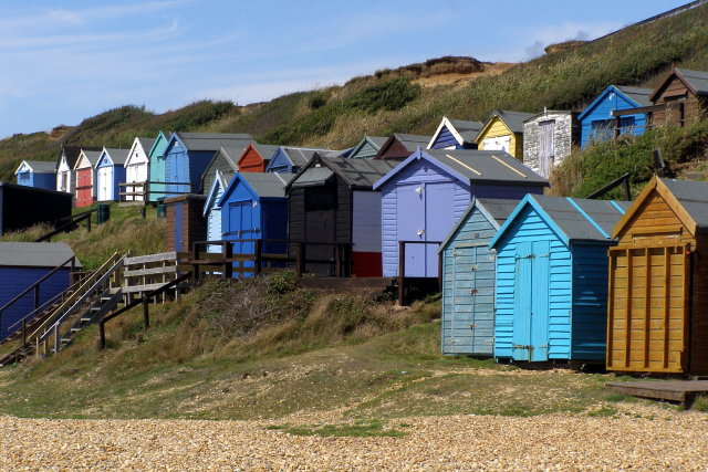 Beach huts, Milford on Sea - geograph.org.uk - 1430877