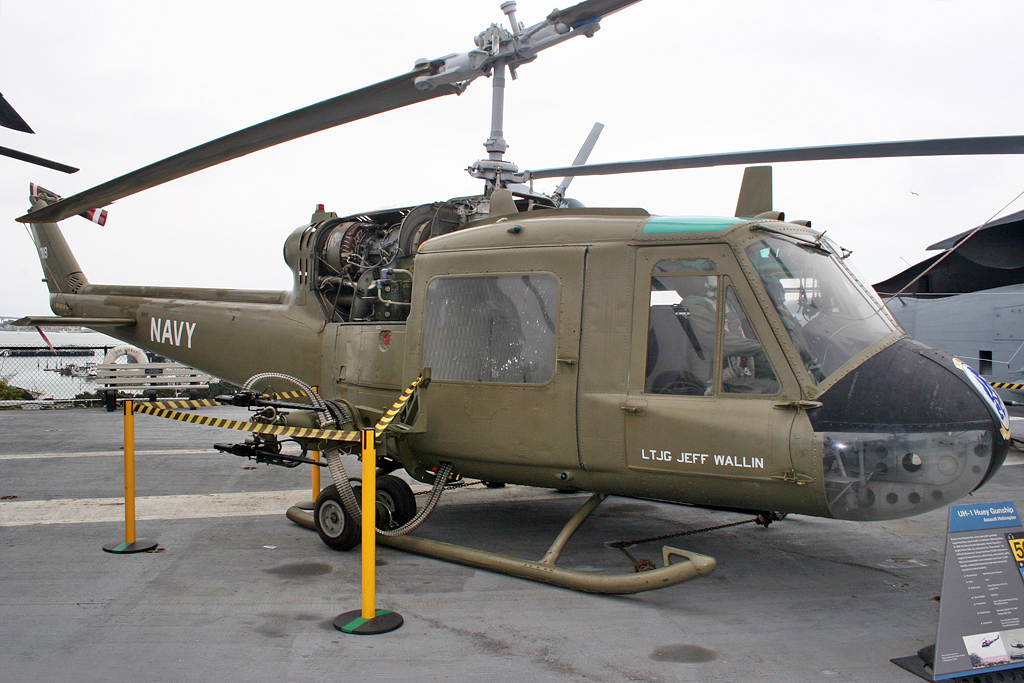 uh helicopter with File Bell Uh 1b Iroquois Us Navy 60 3614  7170803766 on File Boeing  Elicotteri Meridionali  CH 47C Chinook  219   Italy   Army AN1778065 further File U S  Army Pvt  Vivianne Valadez hooks up an ammunition pod to an UH 60 Black Hawk helicopter during sling Load training at C  Mobile  South Korea  Nov  21  2013 131121 A WV398 300 besides Ch 47f Chinook also Sikorsky MH 60 Jayhawk as well Hmla 169.