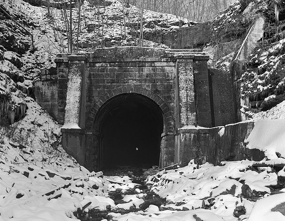 Board Tree Tunnel Wikipedia