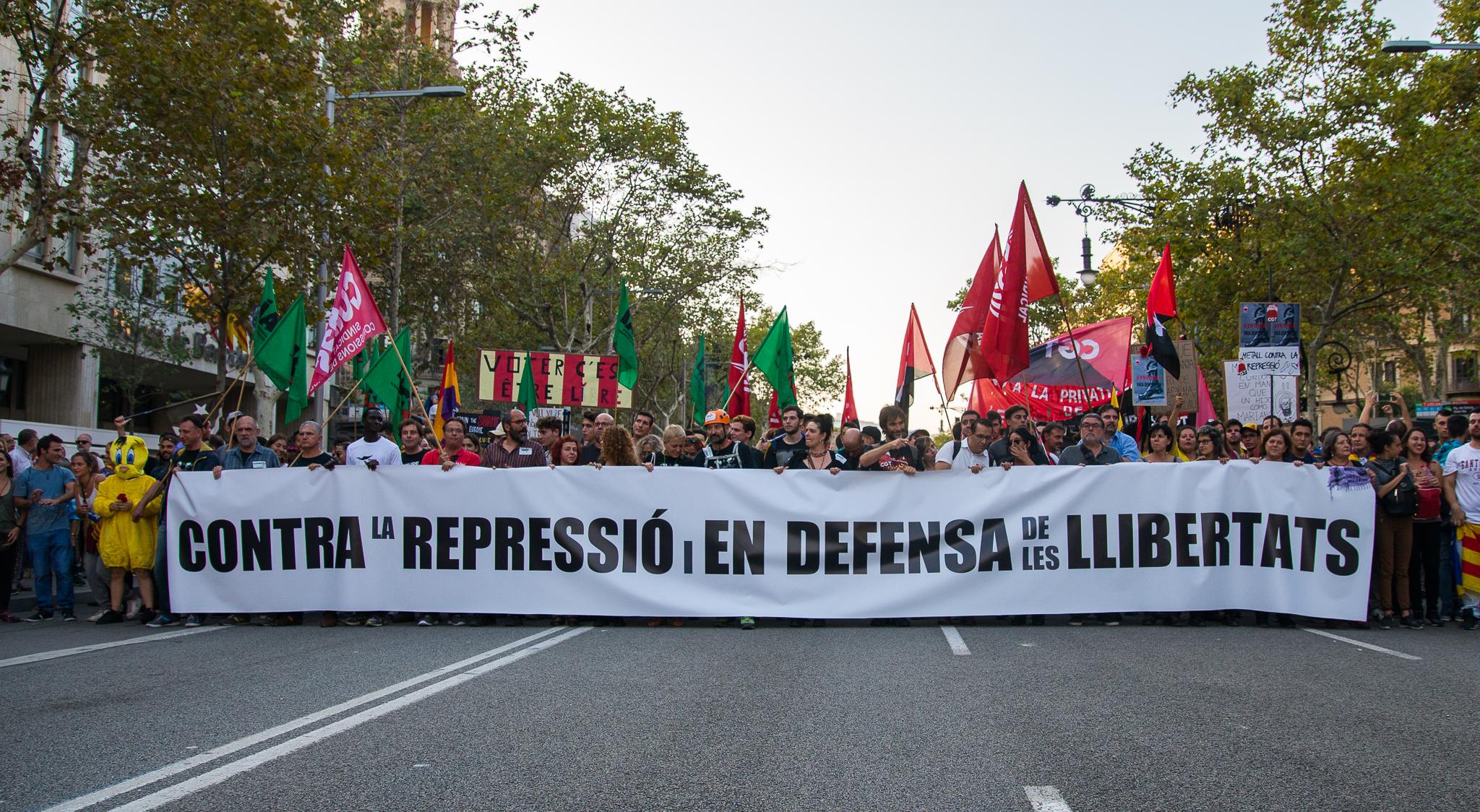 Risultati immagini per llibertat presos politics