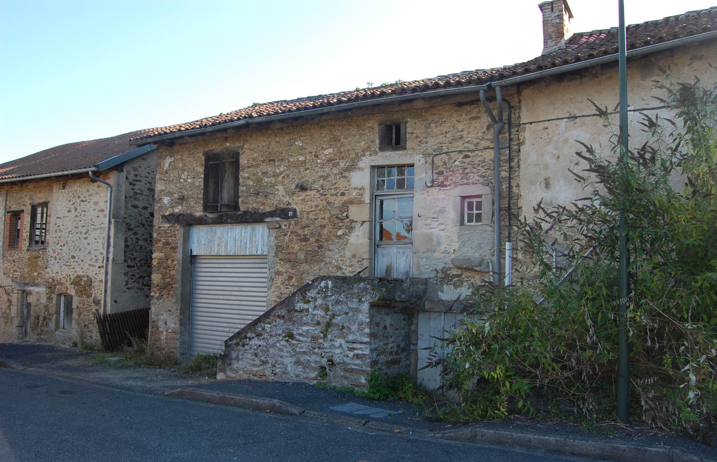 File ch lus maisons anciennes la ville wikimedia commons - Photos maisons anciennes ...