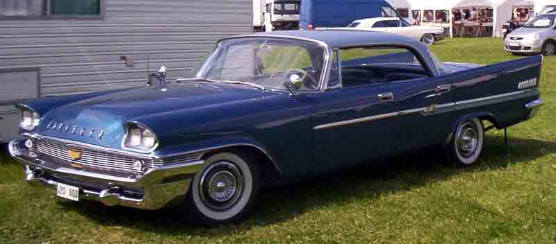 https://upload.wikimedia.org/wikipedia/commons/f/f1/Chrysler_New_Yorker_1958.jpg