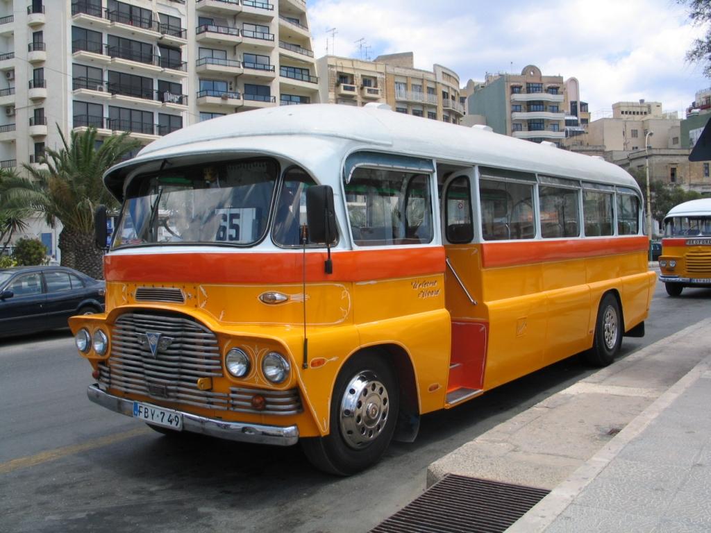 Autobuses tradicionales de Malta