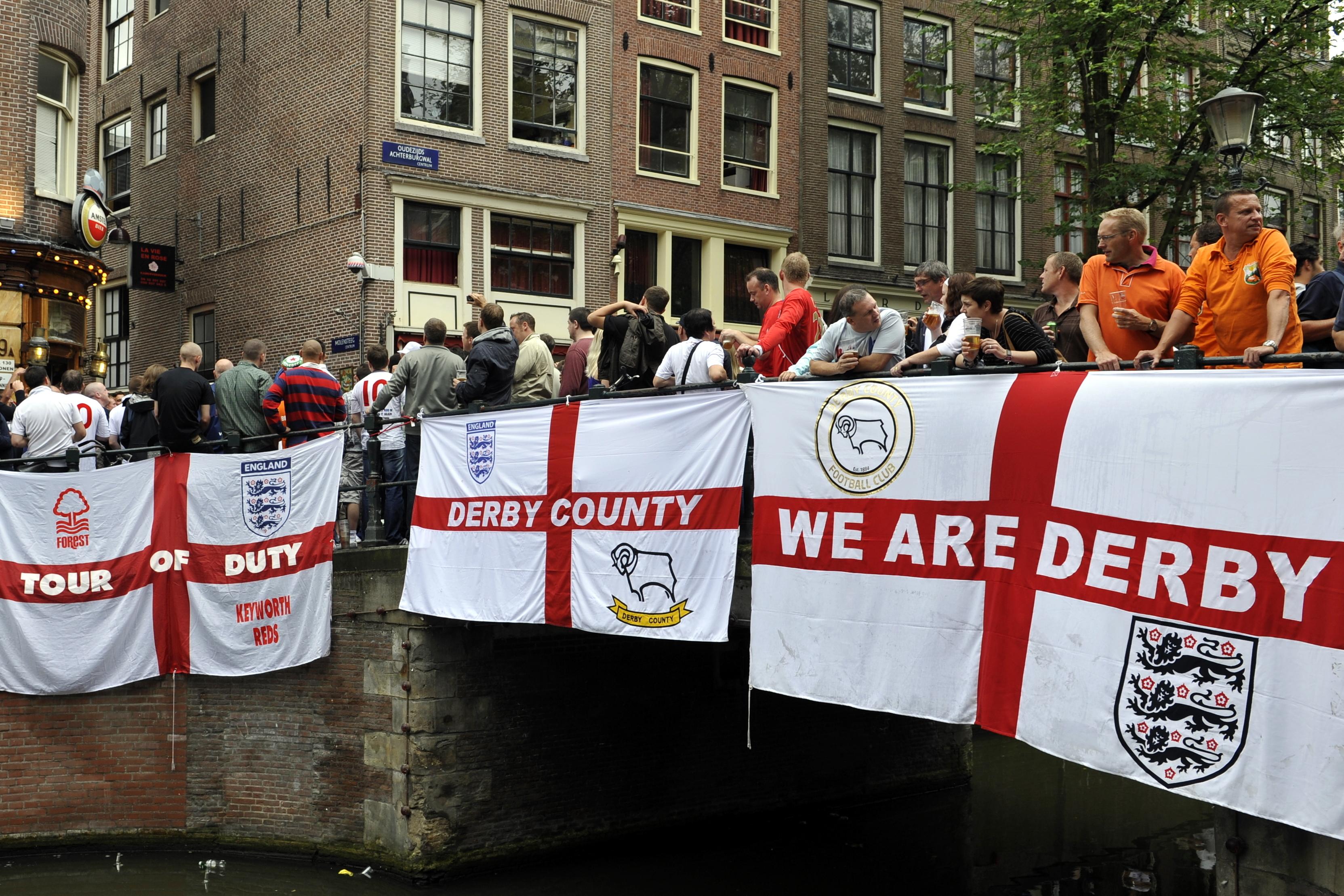 Flickr - NewsPhoto! - football, Netherlands - England (6).jpg