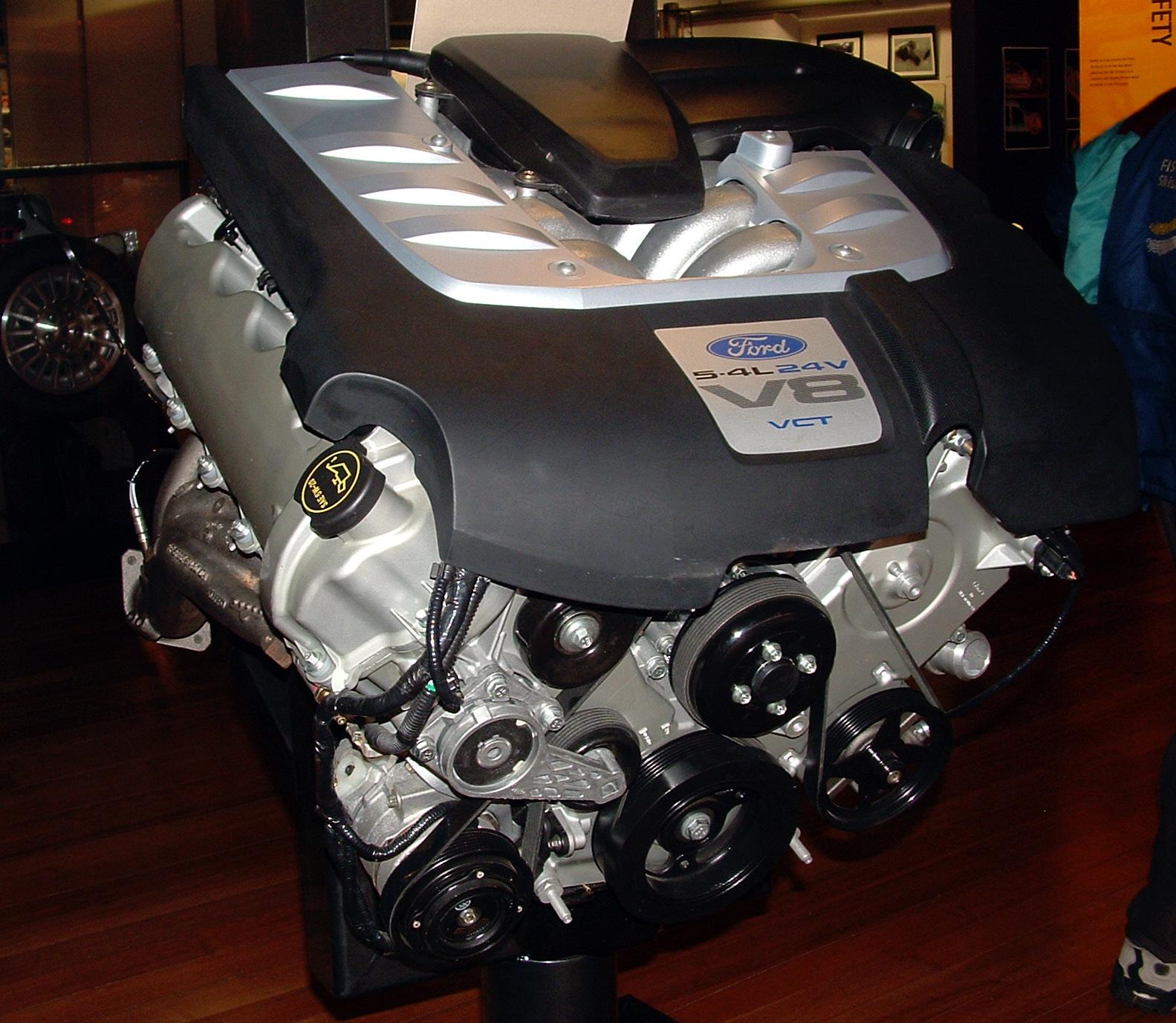 File:Ford Modular Boss V8 jpg - Wikimedia Commons