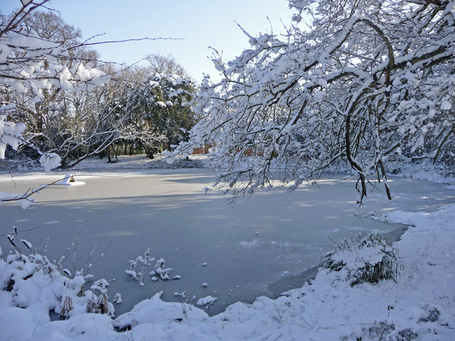 File:Frozen pond, South Lodge Crescent, Enfield - geograph ...