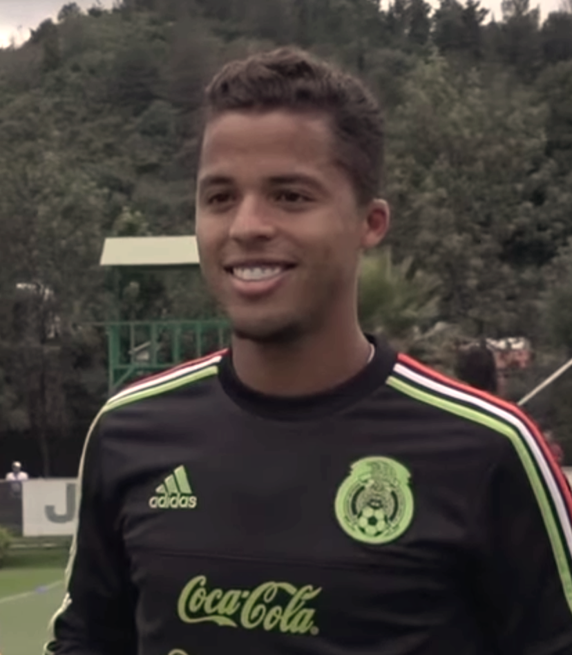 The 29-year old son of father Geraldo dos Santos and mother Liliana Ramírez Giovani Dos Santos in 2018 photo. Giovani Dos Santos earned a 2 million dollar salary - leaving the net worth at 10 million in 2018