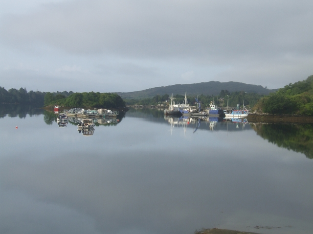 File:Glengarriff Harbour - geograph.org.uk - 1414062.jpg