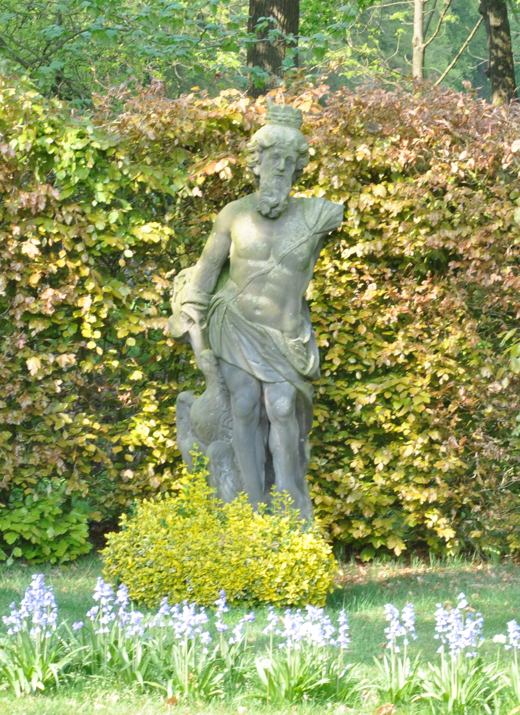 Huis vosbergen beeld van jupiter in heerde monument - Beeld van eigentijds huis ...