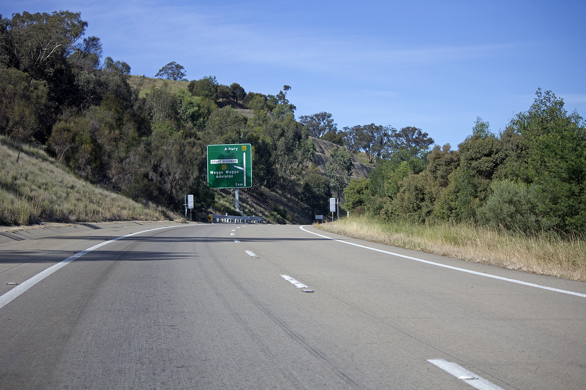 File:Hume Highway near the Sturt Highway exit jpg