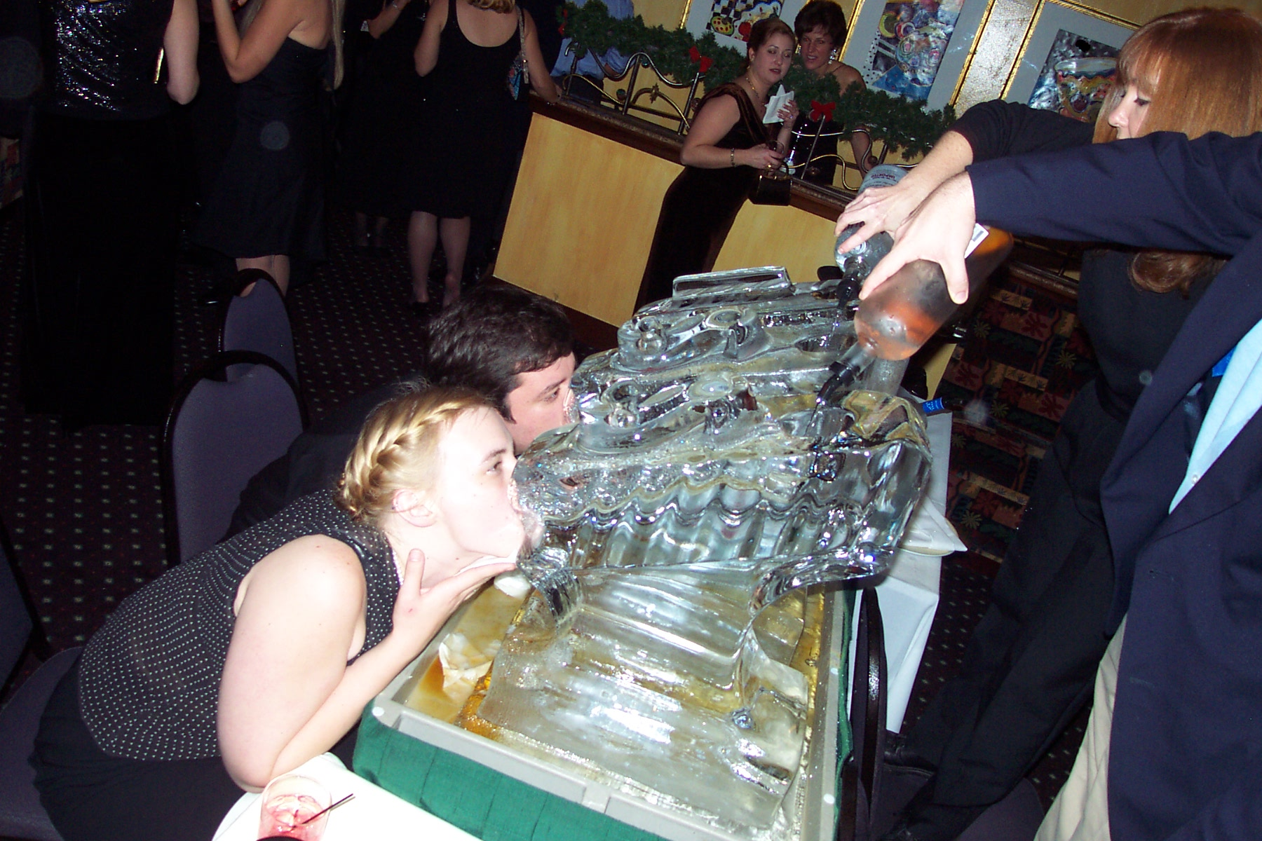 how to make ice luge block
