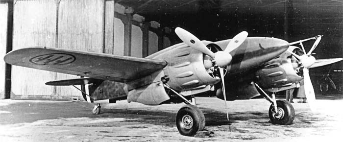 Italian IMAM Ro.57 fighter prototype front quarter view.jpg