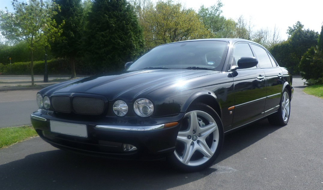 file jaguar xjr x350 4 2 litre supercharged. Black Bedroom Furniture Sets. Home Design Ideas