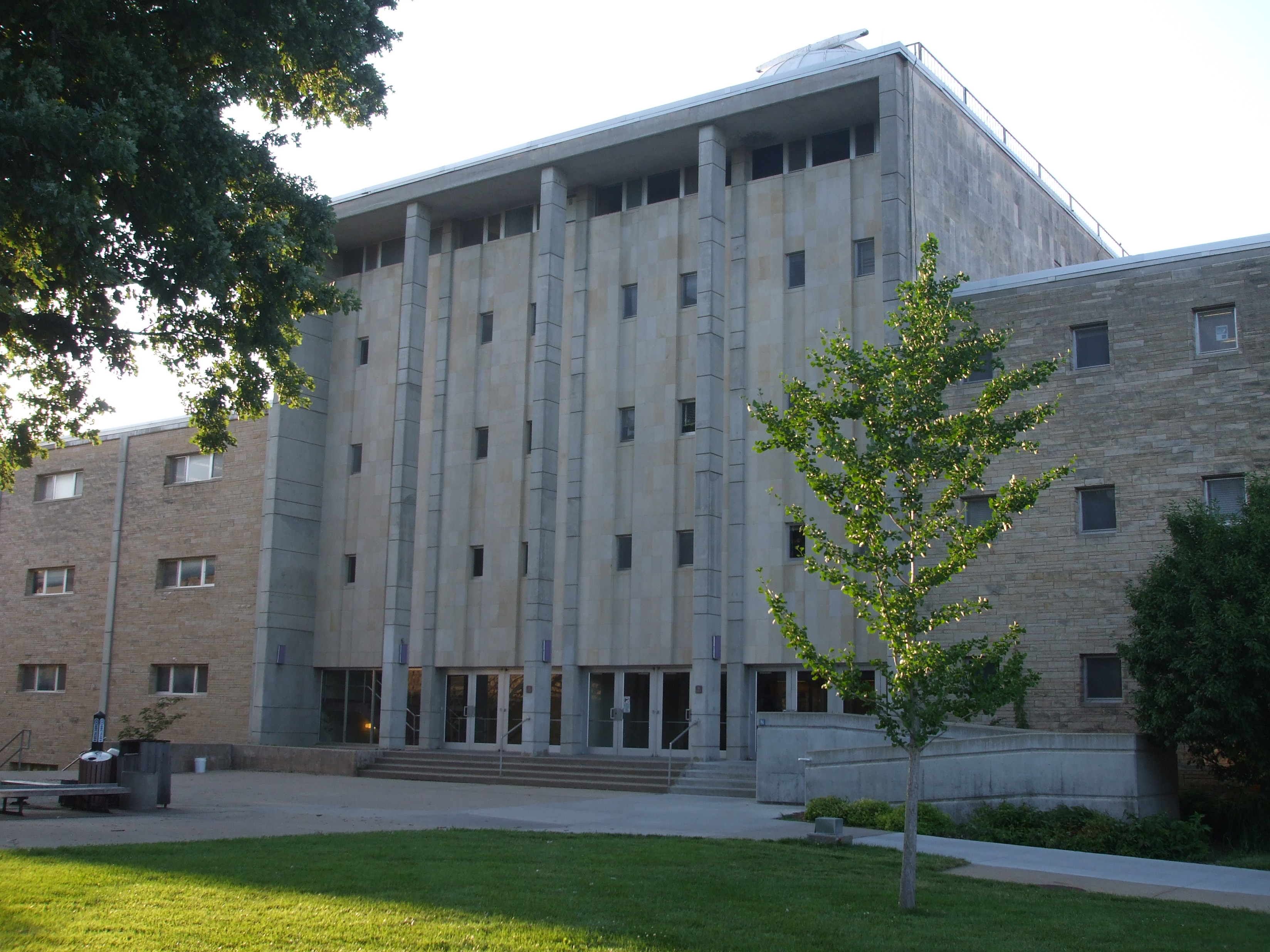 Description kansas state university cardwell hall