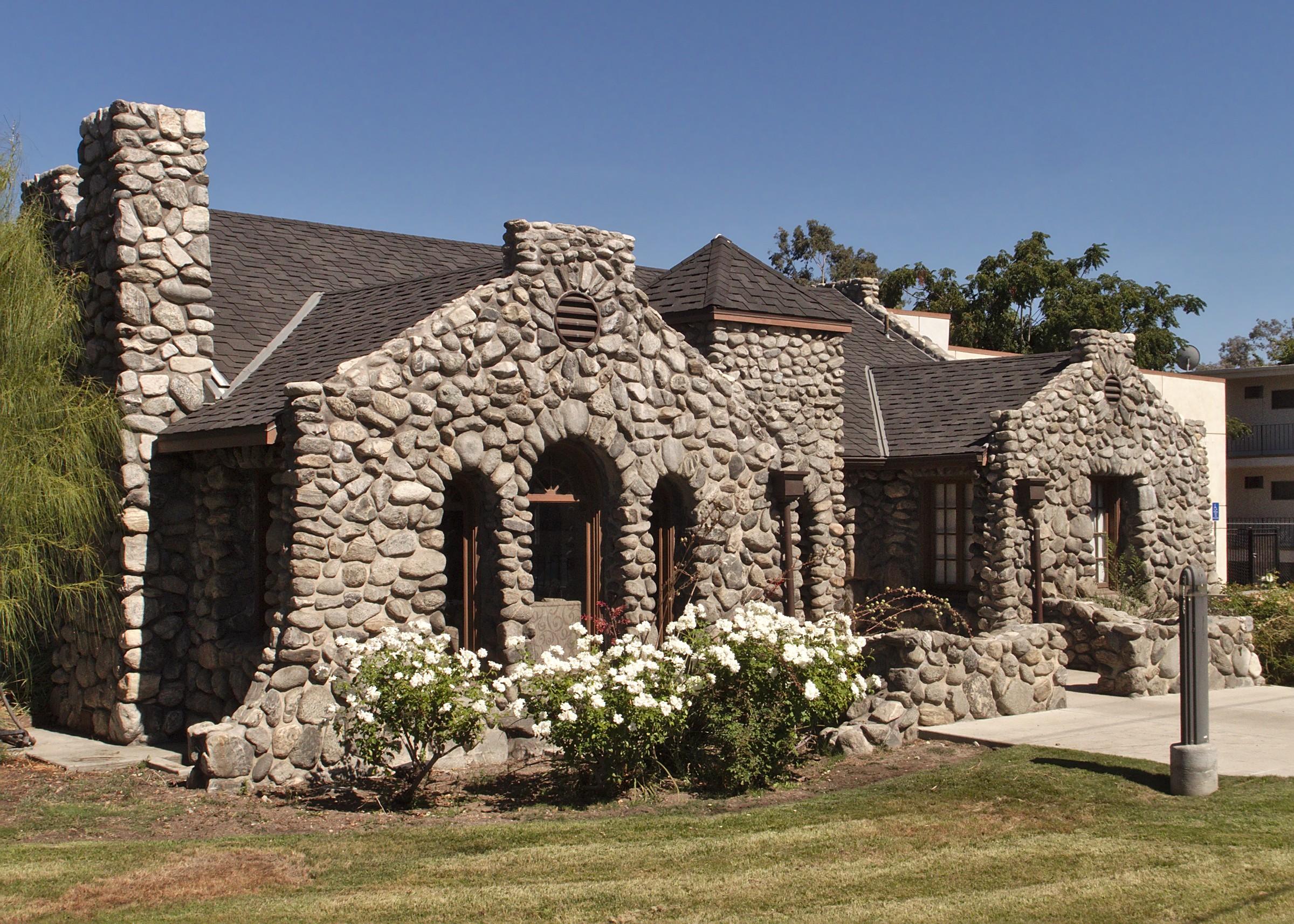 Houses For Rent File La Hcm 644 Stone House 8642 Sunland Blvd 2014 Jpg