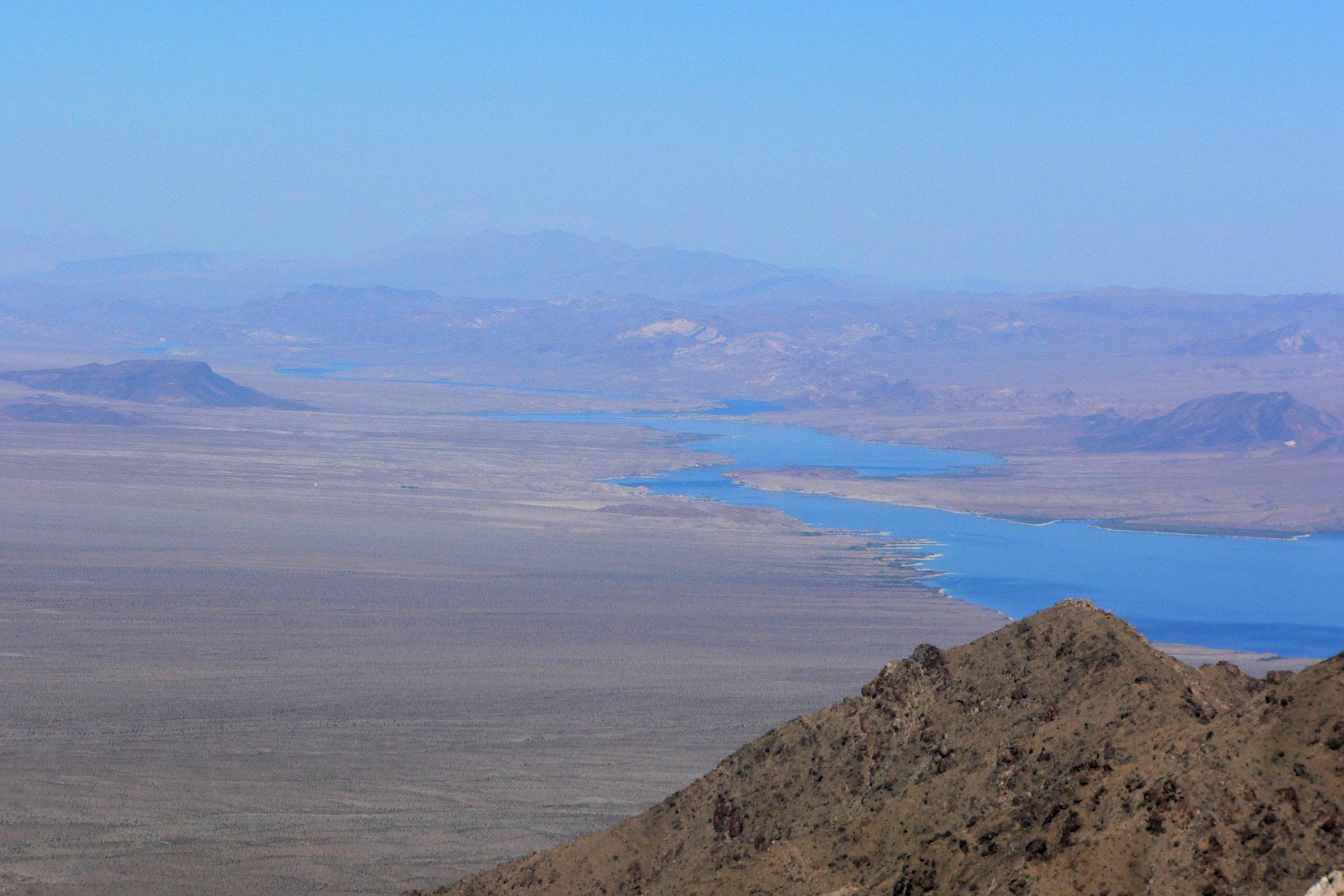 File:Lake Mohave from Spirit Mountain 2.jpg