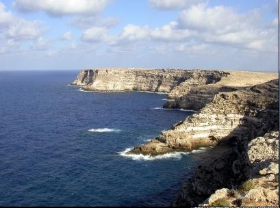 Lampedusa Nordküste,mitmenschen,italienreisen,urlaub meer,italienreise,reise nach italien,überfahrt,insel urlaub,ferien in italien,italien ferien