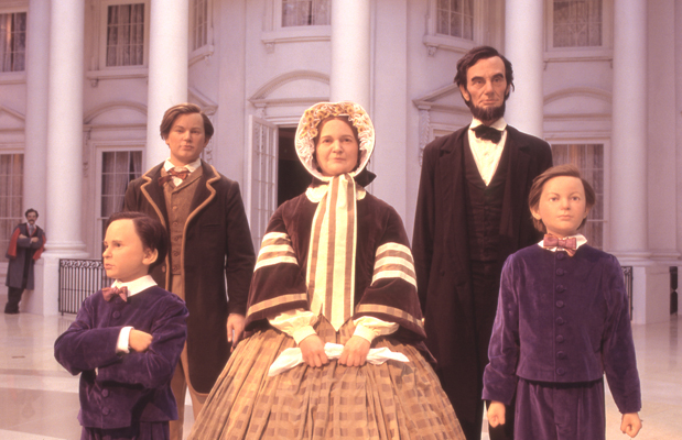 File Lincoln Family In Abraham Lincoln Museum Jpg