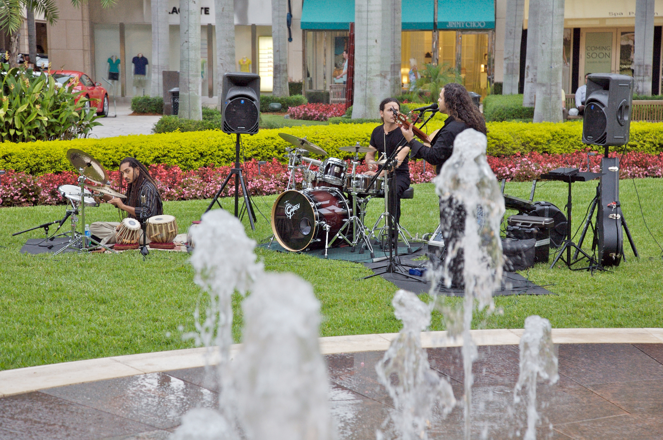 File:Live Music In The Garden