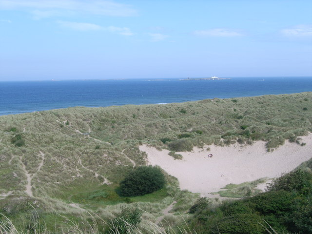 File:Looking across the dunes at Bamburgh - geograph.org.uk - 948307.jpg