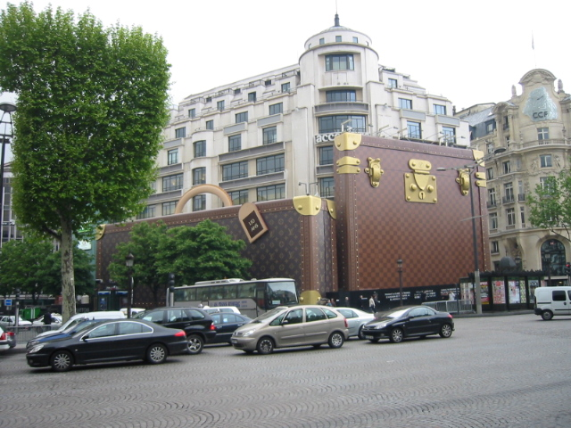 Louis Vuitton Store Shaped Like A Purse Paris Forum