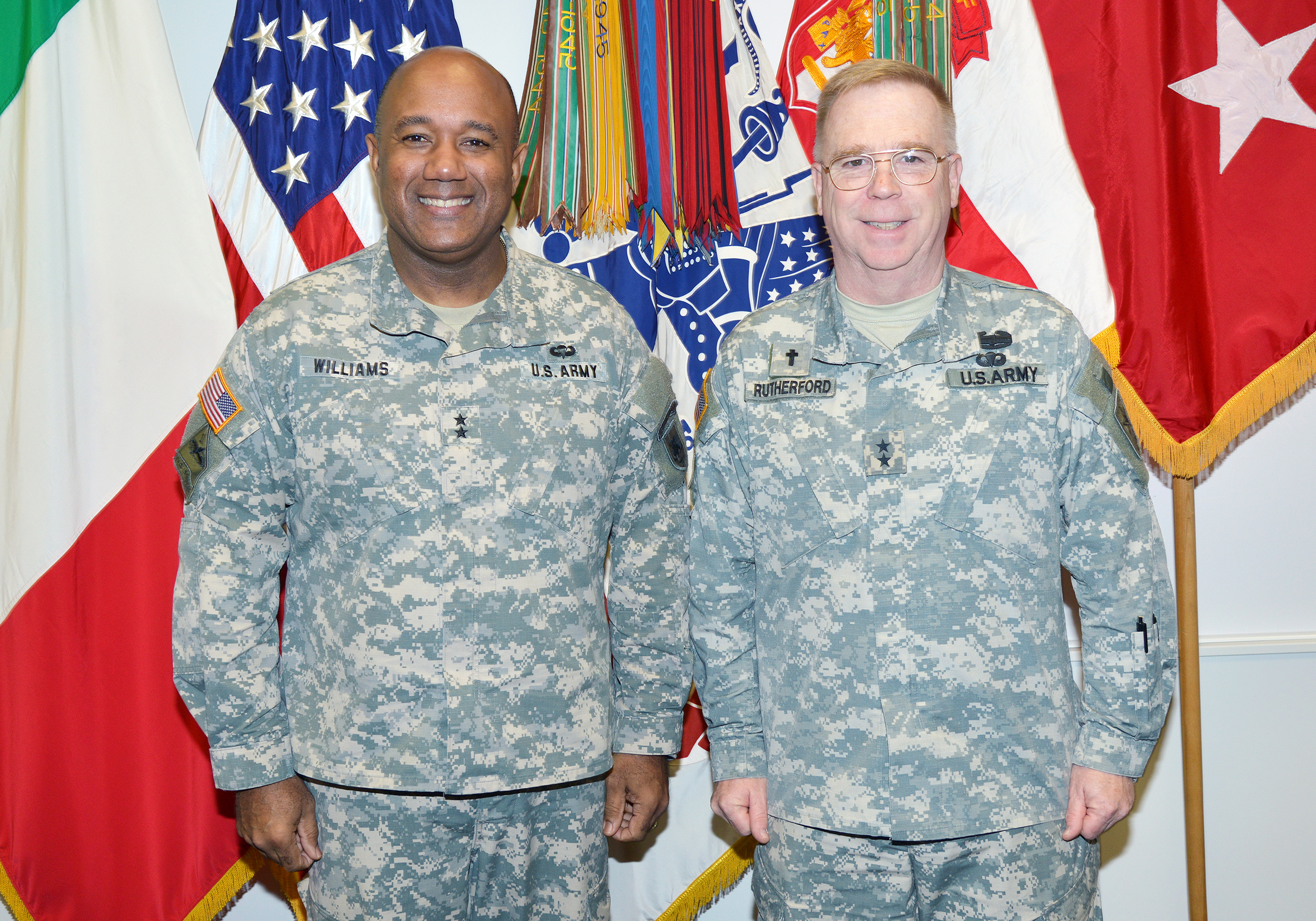 File Maj Gen Donald L Rutherford Visits At Caserma Ederle In