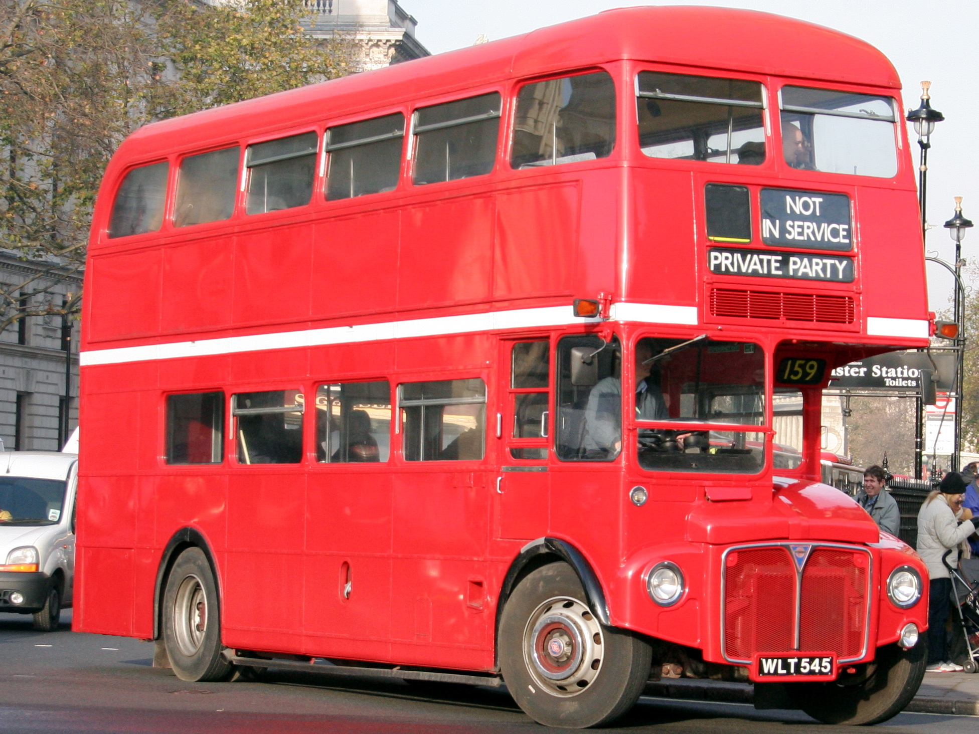File:Media Bus Company Routemaster bus RM545 (WLT 545), Westminster station,