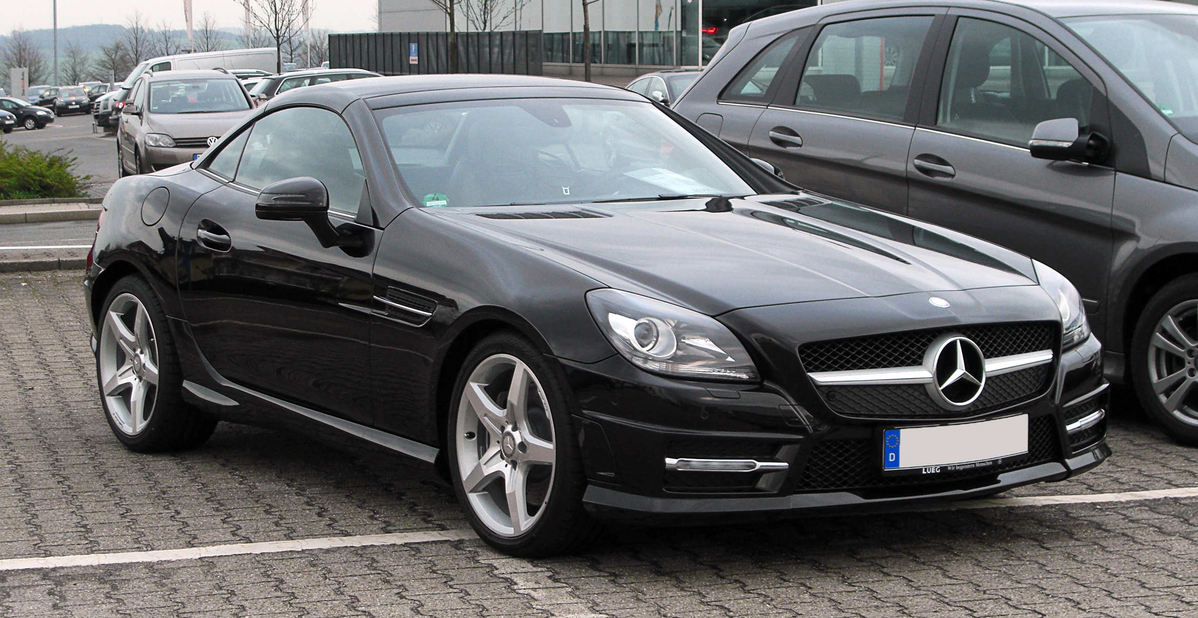 datei mercedes benz slk 200 blueefficiency sport paket amg r 172 frontansicht 1 april 2011. Black Bedroom Furniture Sets. Home Design Ideas