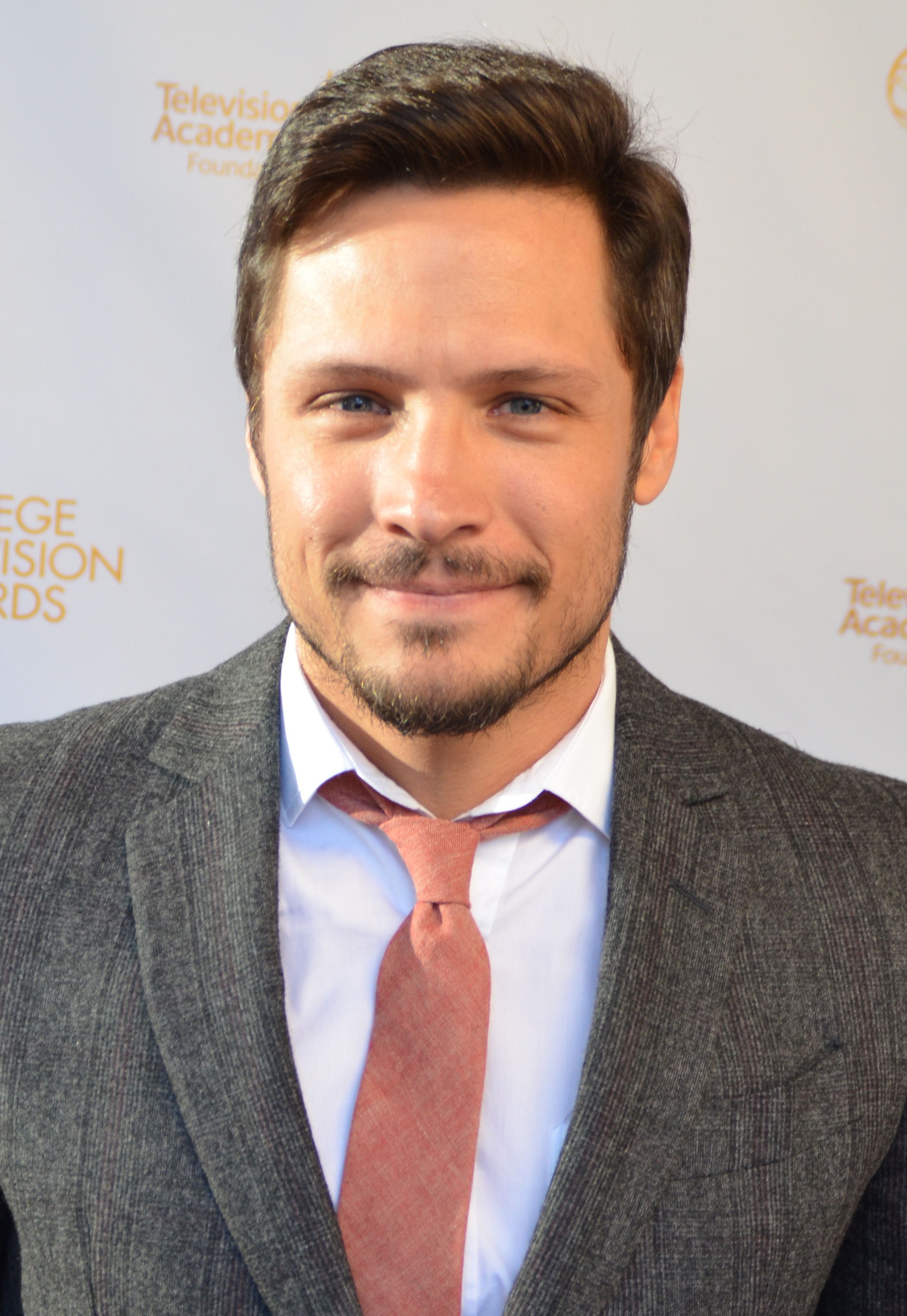 The 39-year old son of father Joseph A. Wechsler and mother Janet Ruth Wechsler, 170 cm tall Nick Wechsler in 2018 photo