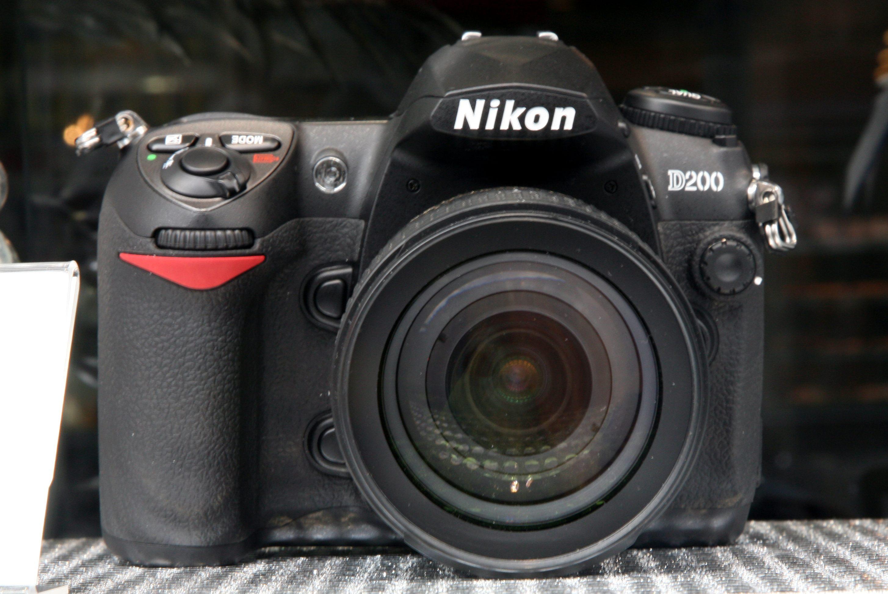 nikond200