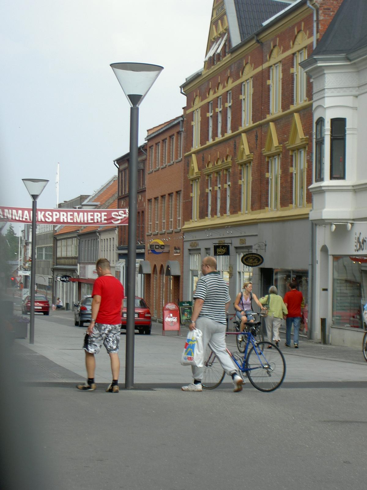 People Near Tykke