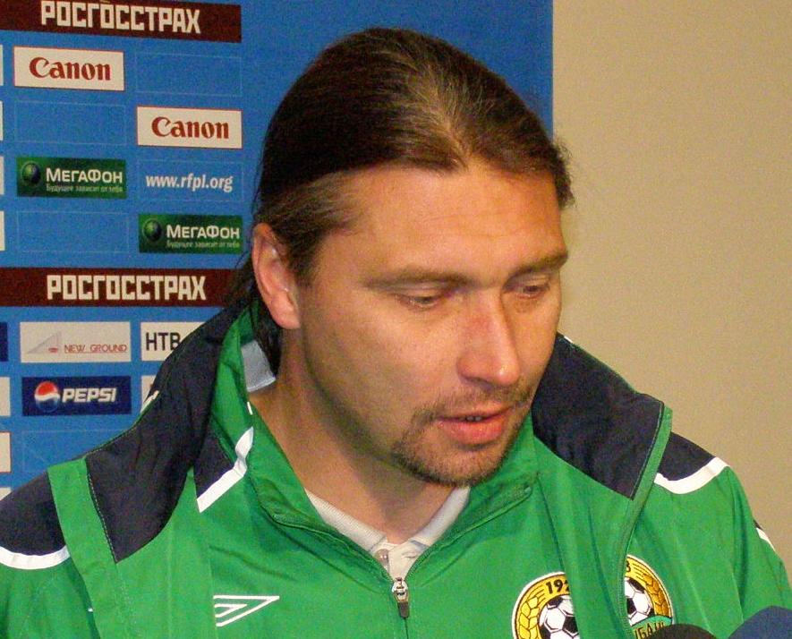 Sergei Ovchinnikov (footballer, born 1970)