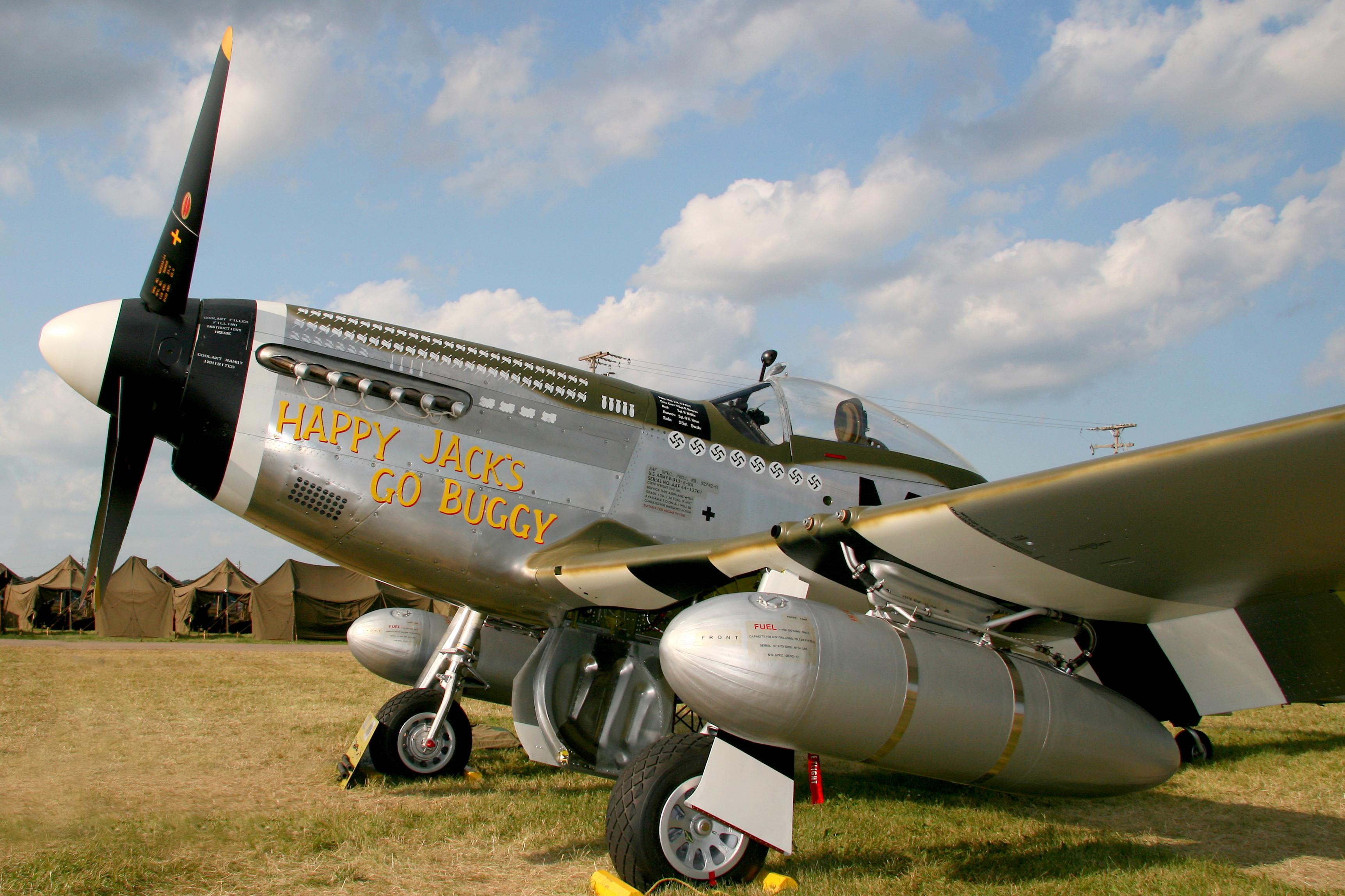P-51D_Mustang_Happy_Jack%27s_Go_Buggy_2008.jpg