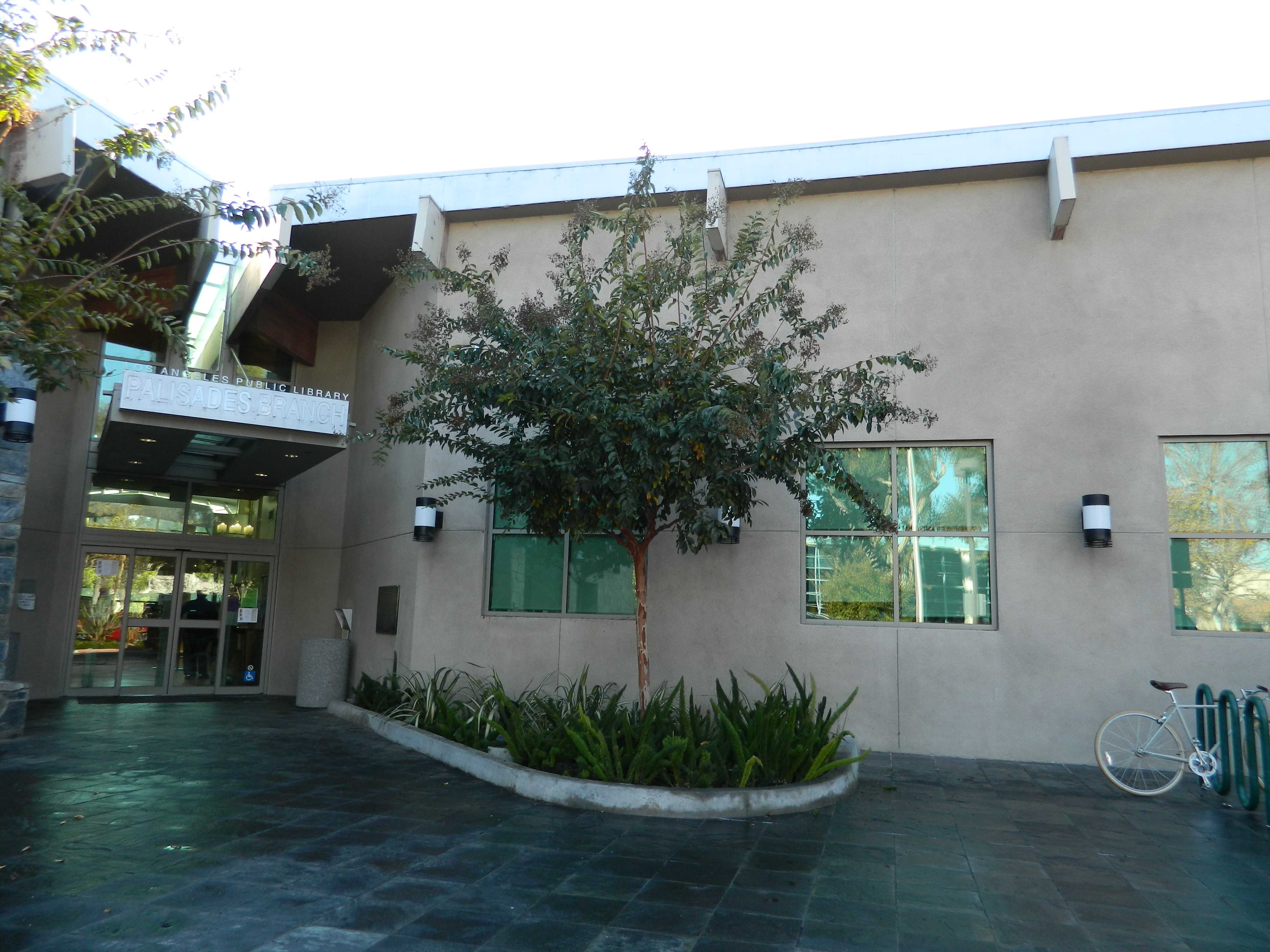 File pacific palisades branch los angeles public library for Where is pacific palisades