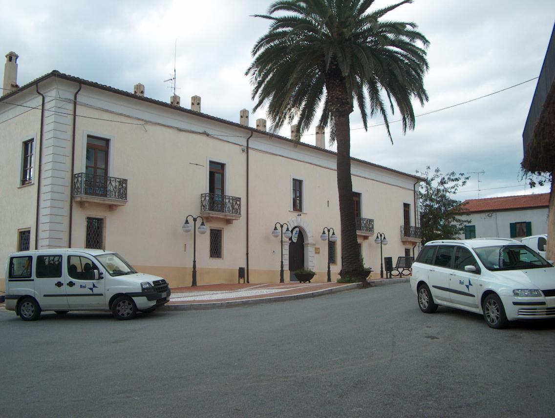 Isola di Capo Rizzuto - Wikipedia, the free encyclopediaisola town
