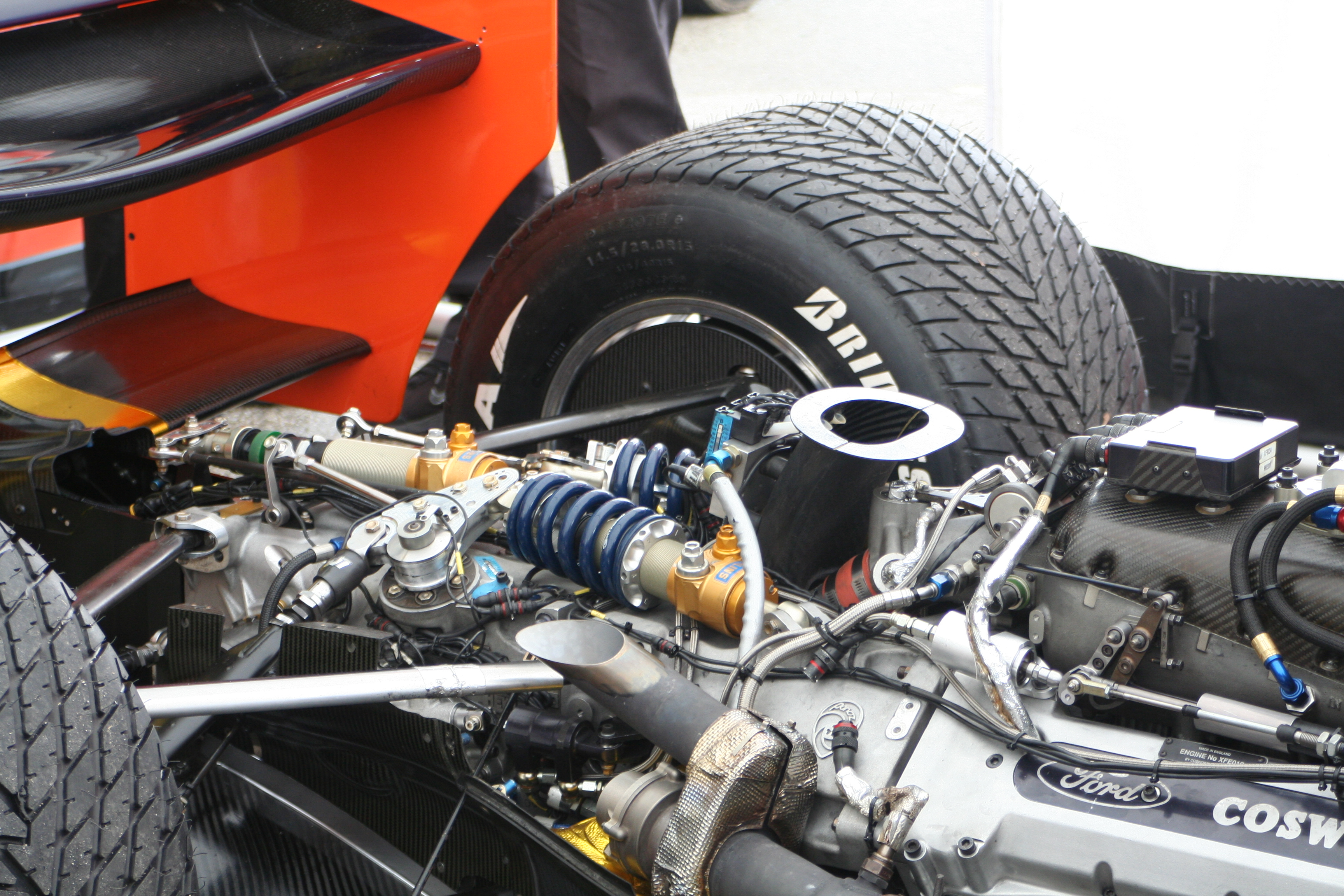 File:Panoz DP01, Cosworth engine.jpg - Wikimedia Commons