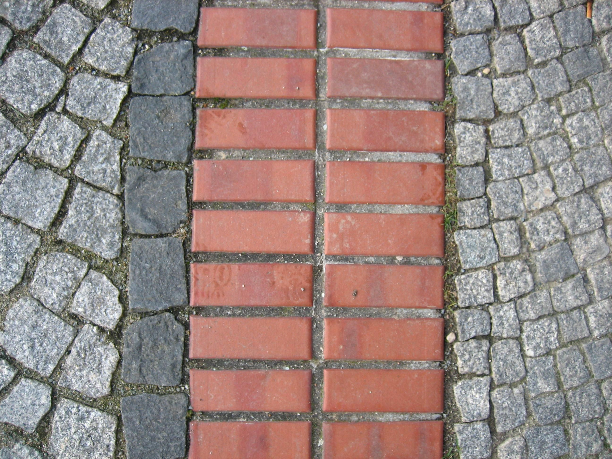 Red Paving Stones : File paving stone and red bricks g wikimedia commons
