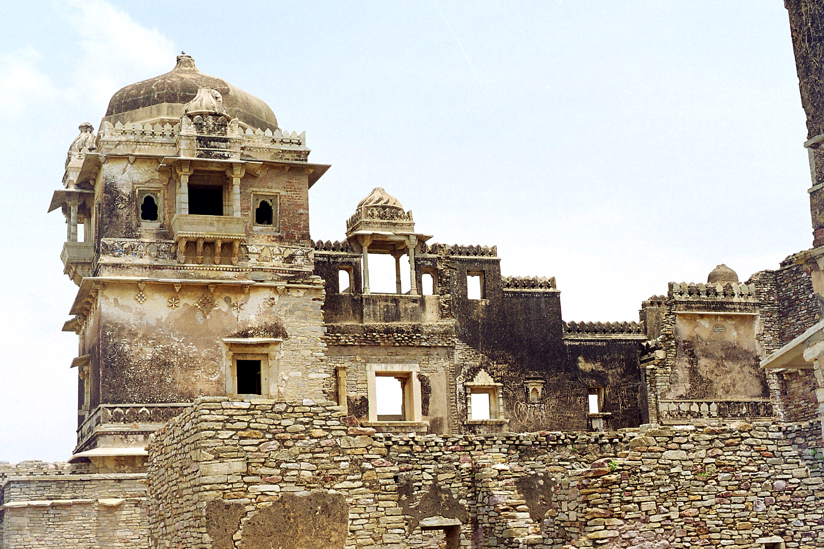 Rana Khumba Palace - Must Visit places in Chittorgarh