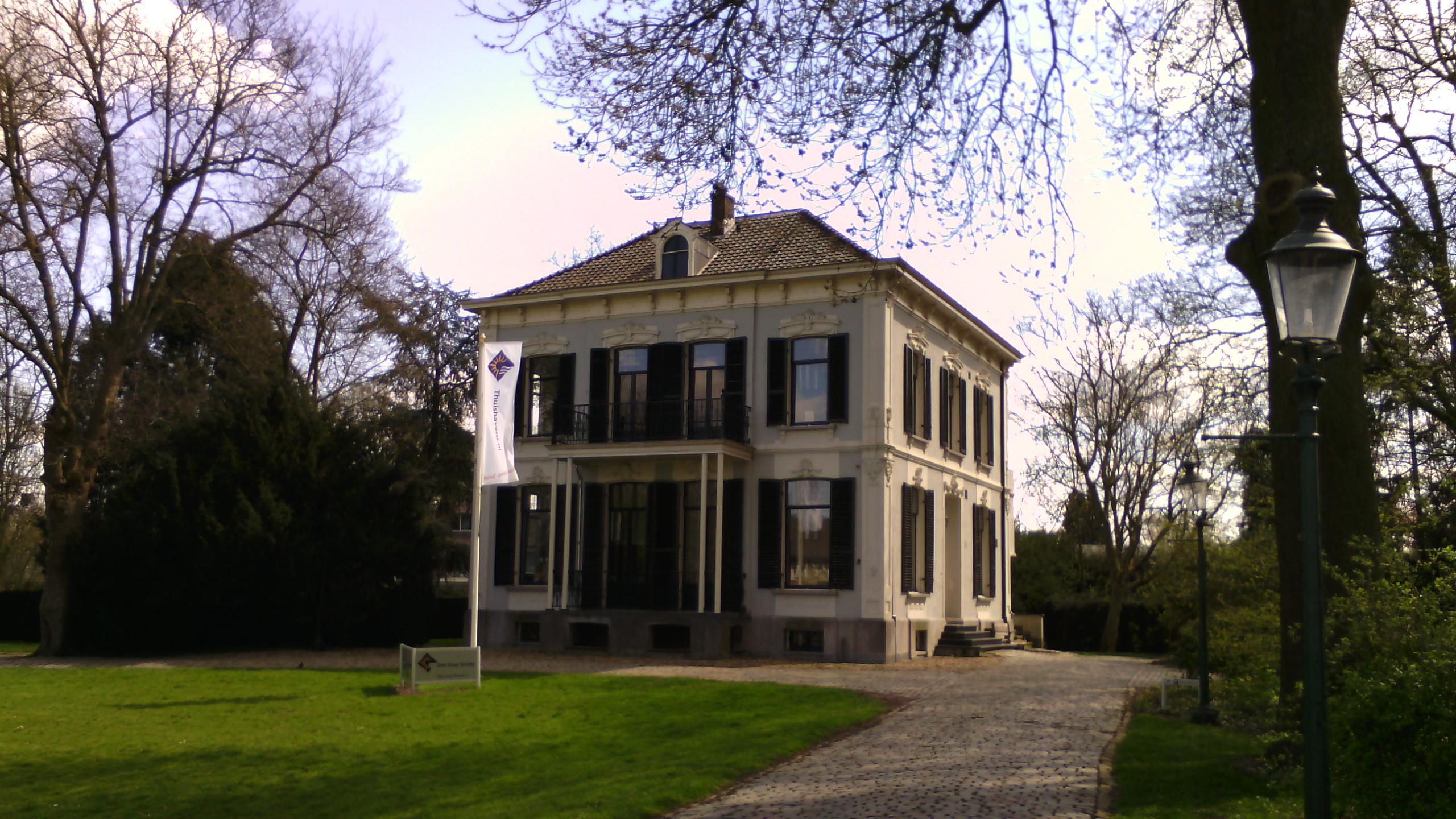Filerijksweg Noord 2 4 Grote Vierkant Witgepleisterde Villa Villa