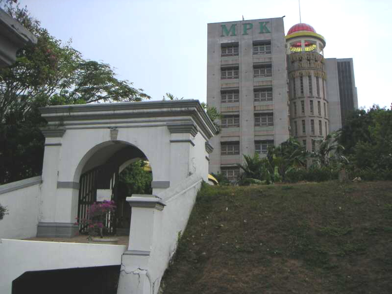 SMS0634 Klang MPK Kota Raja Mahdi 1293 side s.jpg