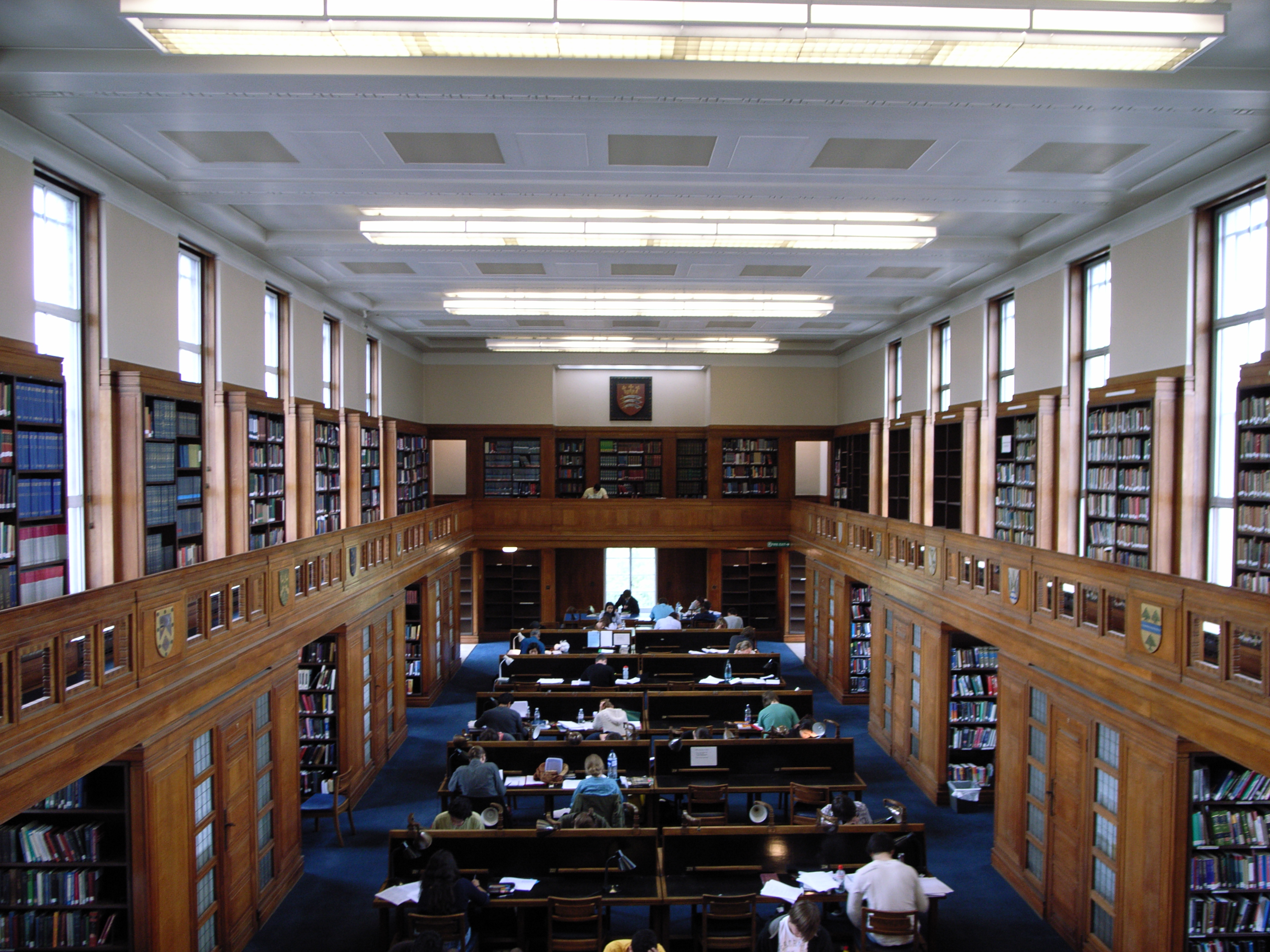 File:Senate House Library, University of London.jpg ...