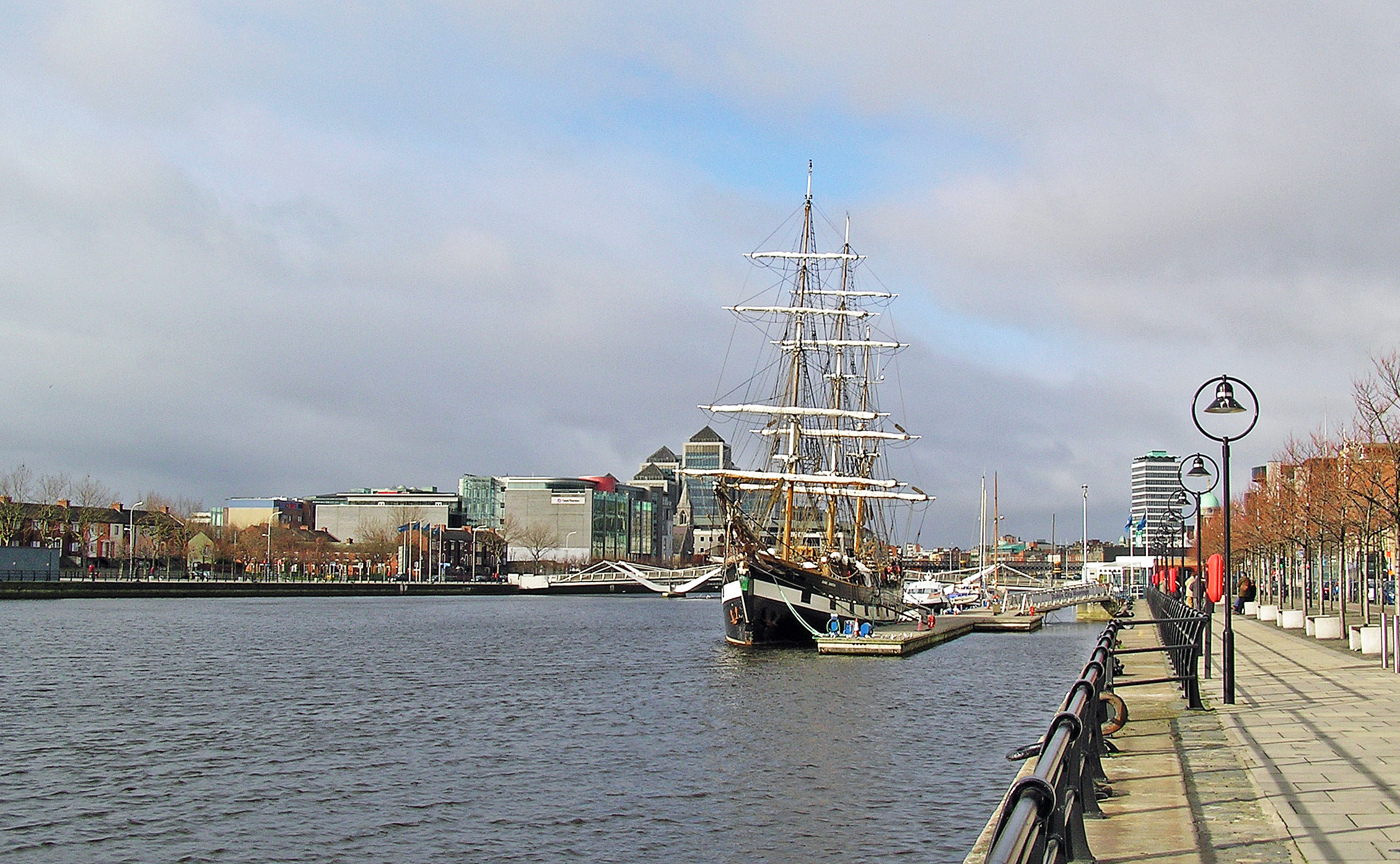 Ship Jeanie Johnston at River Liffey.