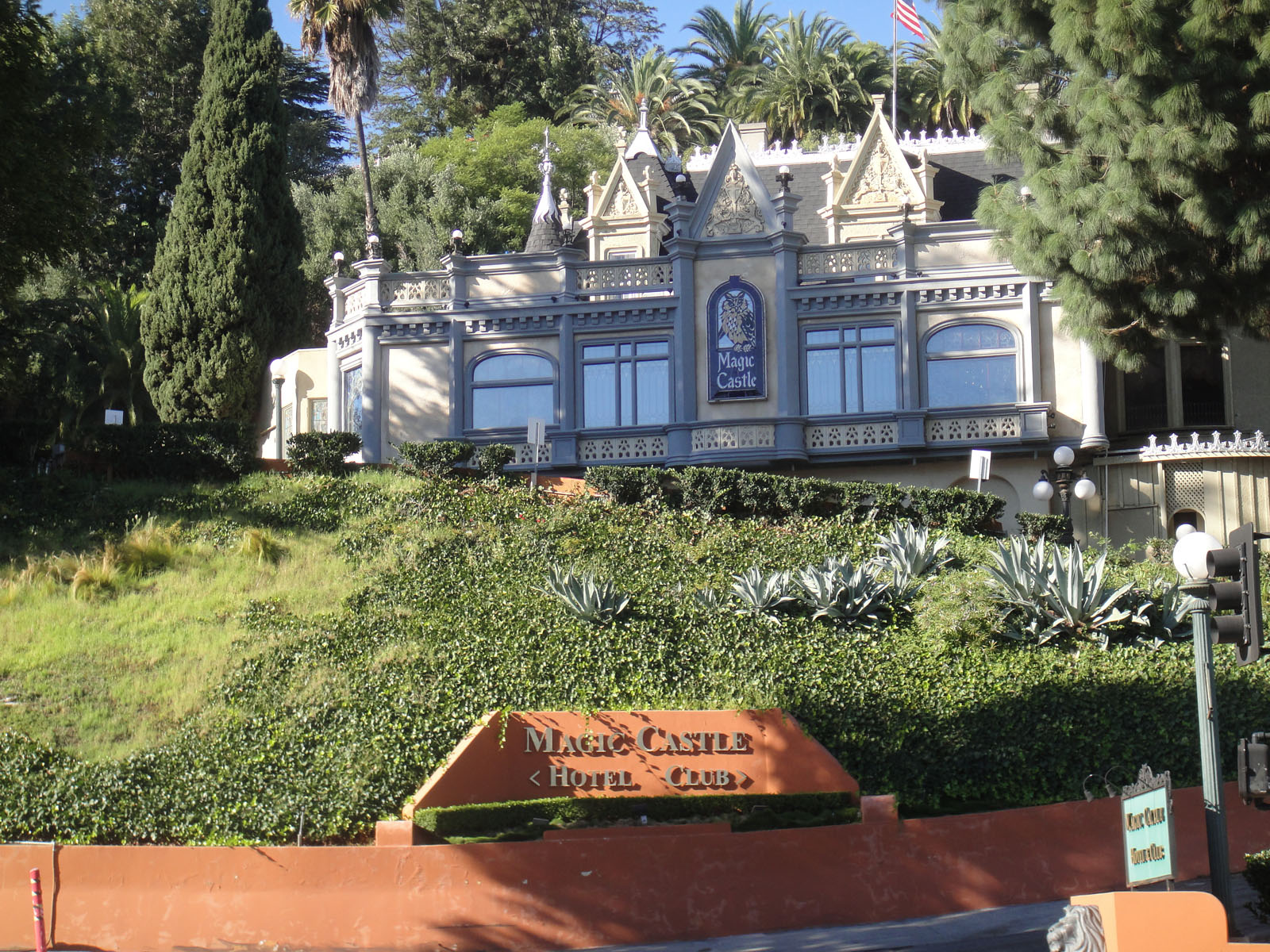 FileThe Magic Castle In Hollywood 6244896017