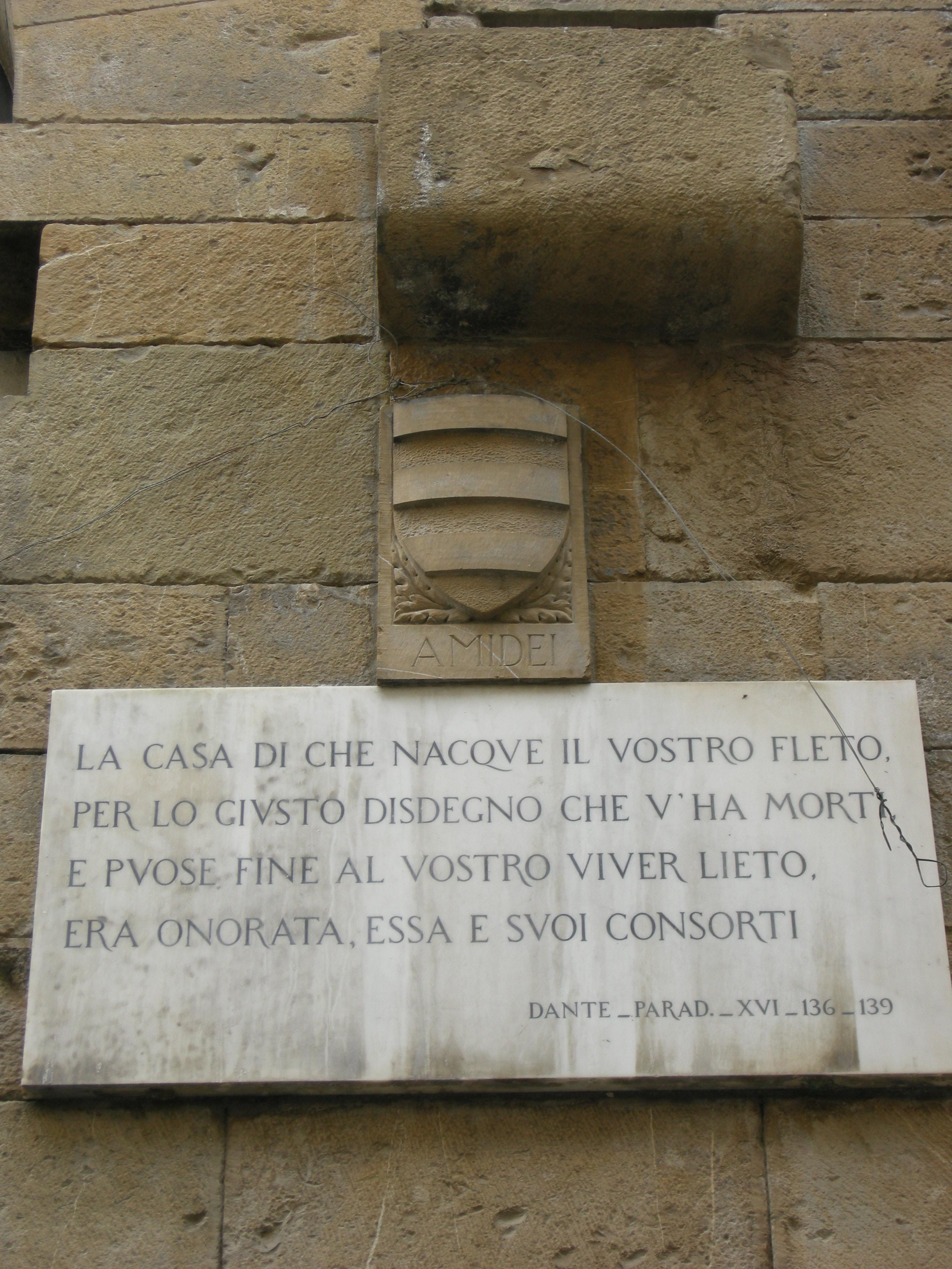 Torre degli amidei 06 targa dantesca con stemma amidei.JPG