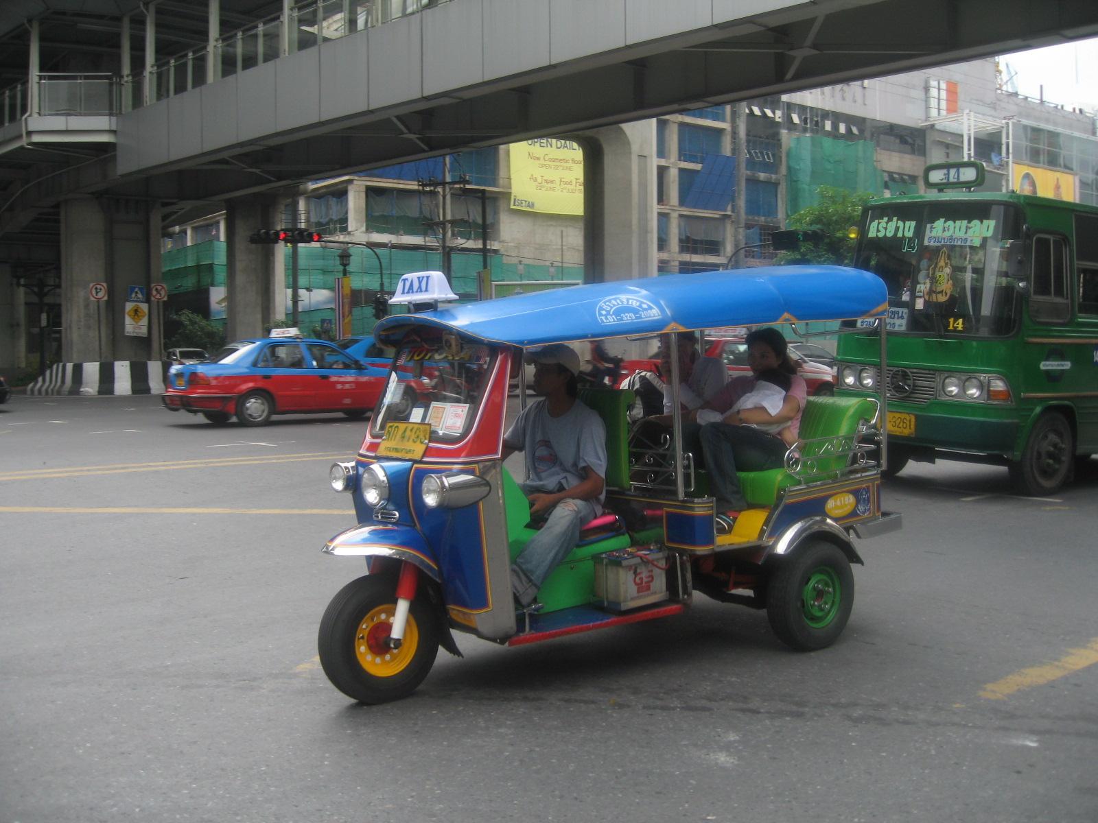 Thajské vozítko tuk-tuk