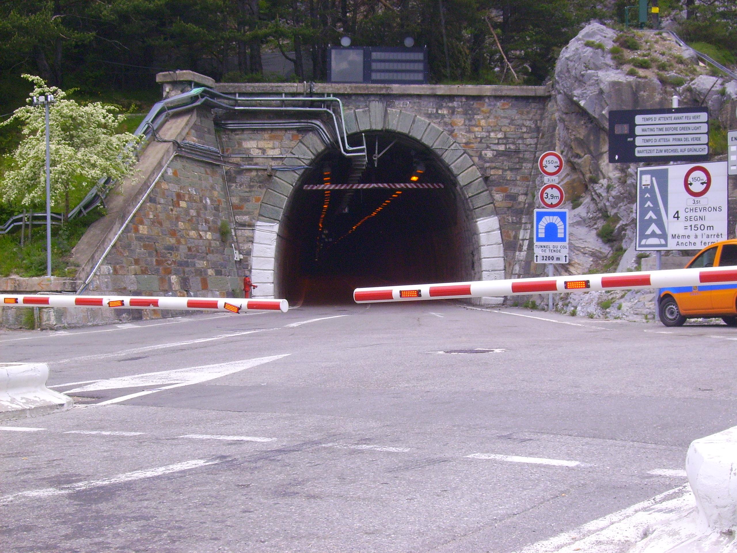 Tende A Tunnel.File Tunnel De Tende Par Tende Jpg Wikimedia Commons
