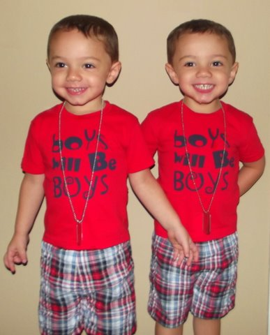 File:Twin boys.JPG