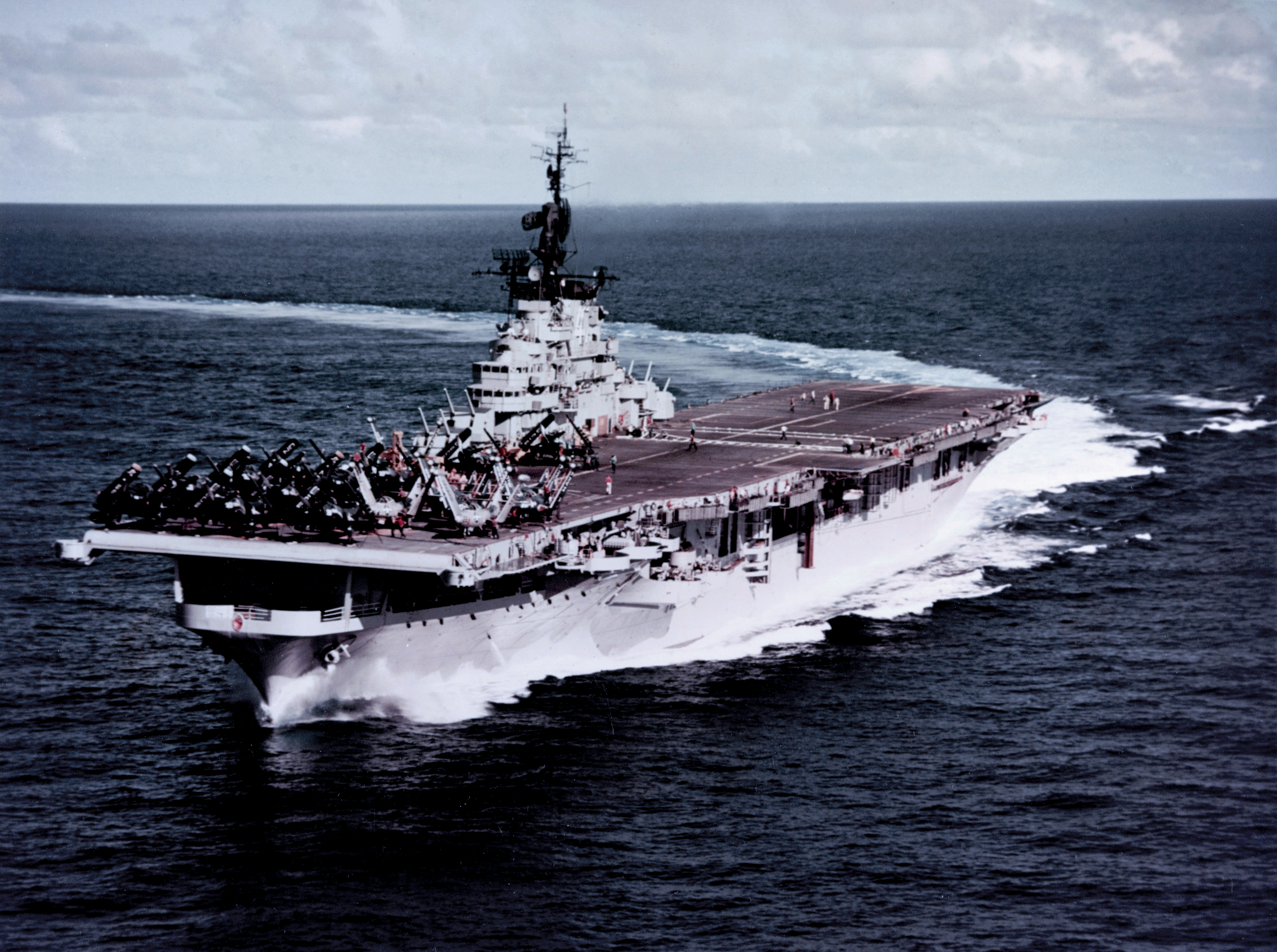 Essex-class aircraft carrier - Wikipedia