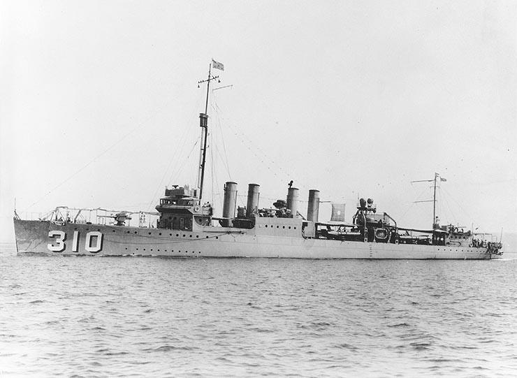 http://upload.wikimedia.org/wikipedia/commons/f/f1/USS_S._P._Lee_%28DD-310%29.jpg