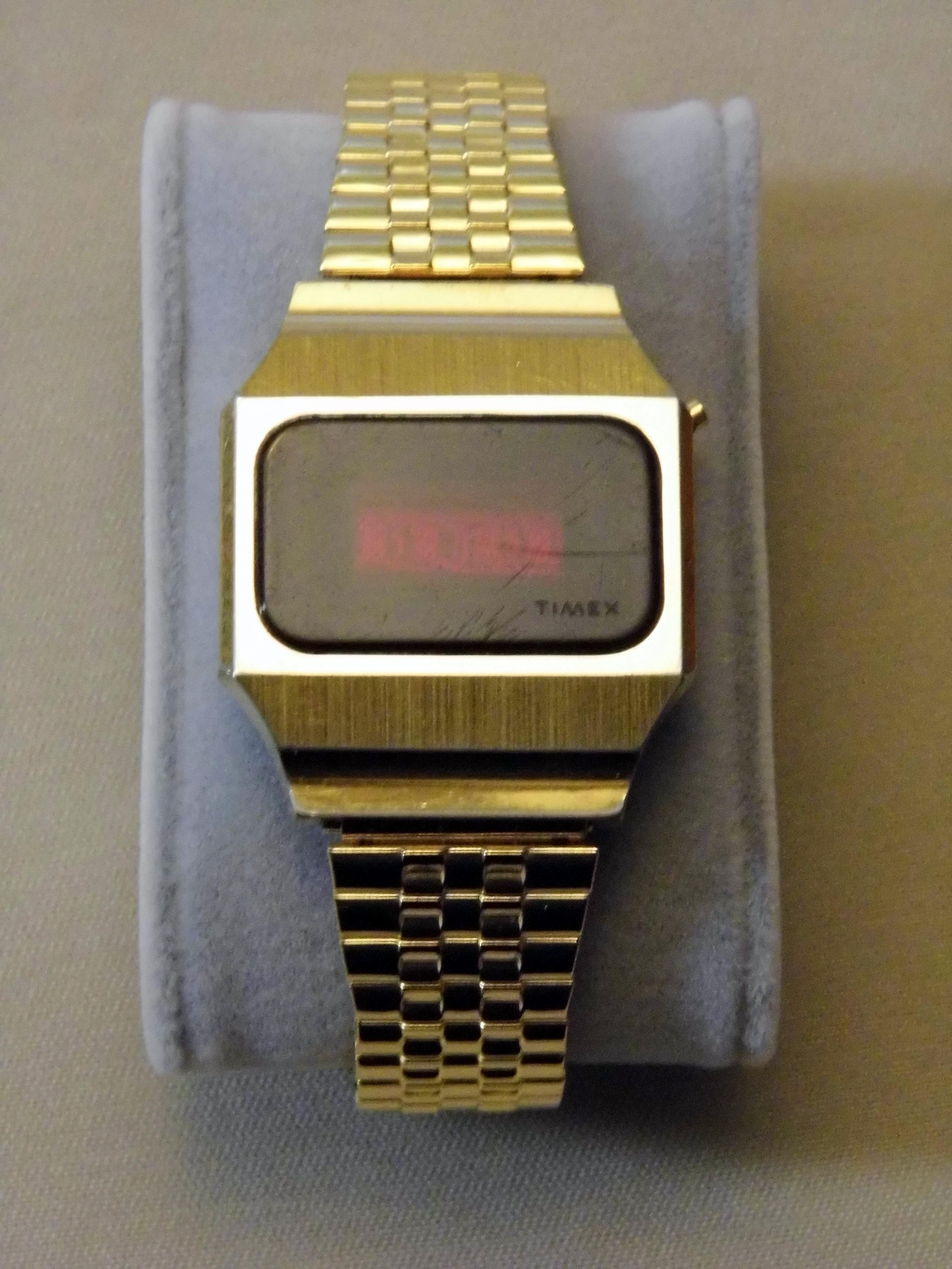 led watch vintage